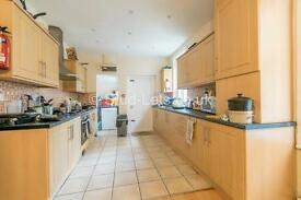 7 bedroom house in Grosvenor Place, Jesmond, NE2