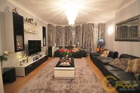 3 bedroom flat in Woodlands Court, Woodlands, NW11