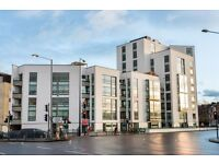 2bed 2 bath plus STUDY in NOTTING HILL GATE! Call NOW!