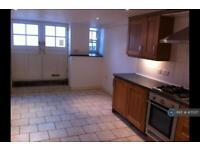 1 bedroom flat in Newlyn, Newlyn, Penzance, TR18 (1 bed)