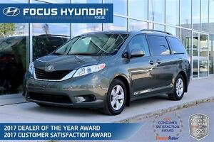2012 Toyota Sienna LE 8 Pass V6 6A