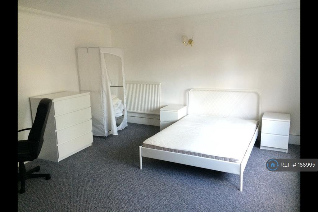 1 bedroom flat in Lawrence Road, London, SE25 (1 bed)