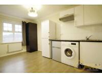 1 bedroom flat in Bampton Drive, Mill Hill, NW7