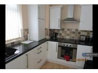 1 bedroom flat in Beechwood Court, Birkenhead, CH49 (1 bed)