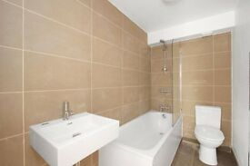 ** high spec - 3 BED FLAT - OVAL/STOCKWELL - 530 P/W **