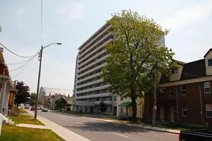 Skyline - 322 Brock St-Walking Distance to Queens-1Bdrm