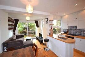 2 bedroom flat in Woodland Gardens, Muswell Hill, London, N10