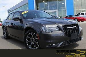 2016 Chrysler 300 S AWD| Dual Sun| Nav| Heat Leath| Smart Access