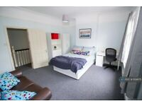 5 bedroom house in St. Albans Road, Leicester, LE2 (5 bed) (#934675)