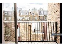 2 bedroom flat in Hand Axe Yard, London, WC1X (2 bed) (#892973)