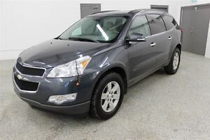 2011 Chevrolet Traverse 2LT - Leather, Rear DVD, Sunroof