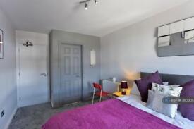 1 bedroom in Stanwell Road, Ashford, TW15