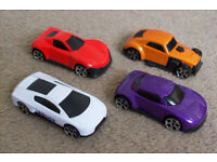 small toy cars x4