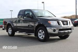 2012 Nissan Frontier SV! LOW KMS! LIKE NEW! 4X4!