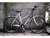 RALEIGH PIONEER CLASSIC, 22 inch, 56 cm, ladies womens hybrid city road bike, 12 speed