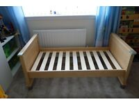 Mama & papas Modensa bed, drawers and shelf