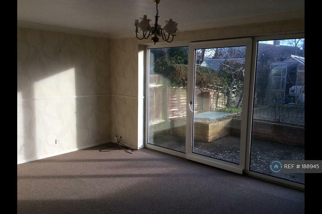 3 bedroom house in Cunningham Way, Rugby, CV22 (3 bed)