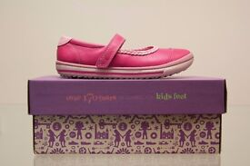 "New ""EPSIE PLAY INF""Clark's Girls ROSE Leather Shoes size UK 11 F"