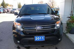 2011 Ford Explorer Limited V6 even has dvd head rests . Peterborough Peterborough Area image 3
