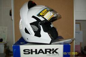 SHARK EVOLINE 3 HELMET WHITE OR BLACK
