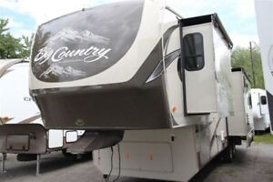 2013 Big Country by Heartland 3070 RE luxueuse full paint