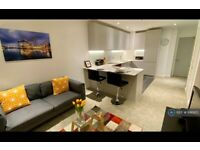 1 bedroom flat in The Crescent, Manchester, M5 (1 bed) (#891920)