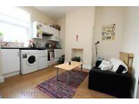 2 bedroom flat in Hornsey Road, Finsbury Park, N4