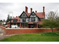 2 bedroom flat in 27 Forty Hill, Enfield, EN2