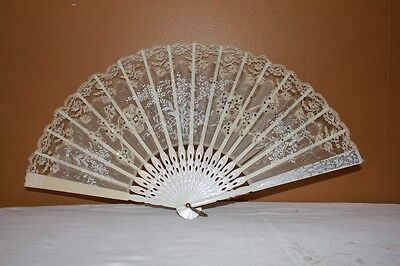 ANTIQUE/VINTAGE ASIAN/VICTORIAN HAND HELD FAN