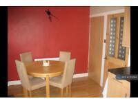 3 bedroom house in Grand Cross Road, Huddersfield, HD5 (3 bed)