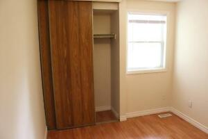 Cost effective rentals! Great for groups of 3 or 4 or Singles!!! Kitchener / Waterloo Kitchener Area image 17