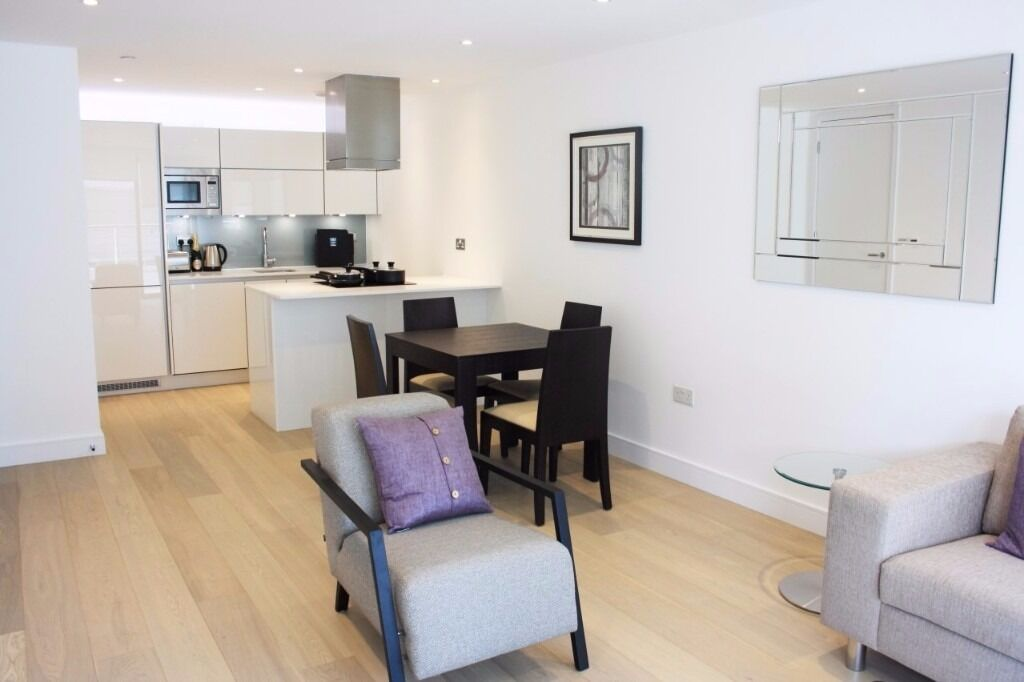 Stunning 2 bed 2 bath flat in Cityscape, E1 6LP, furnished, porter, roof terrace, residents gym