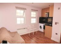 Studio flat in Willesden High Road, NW10