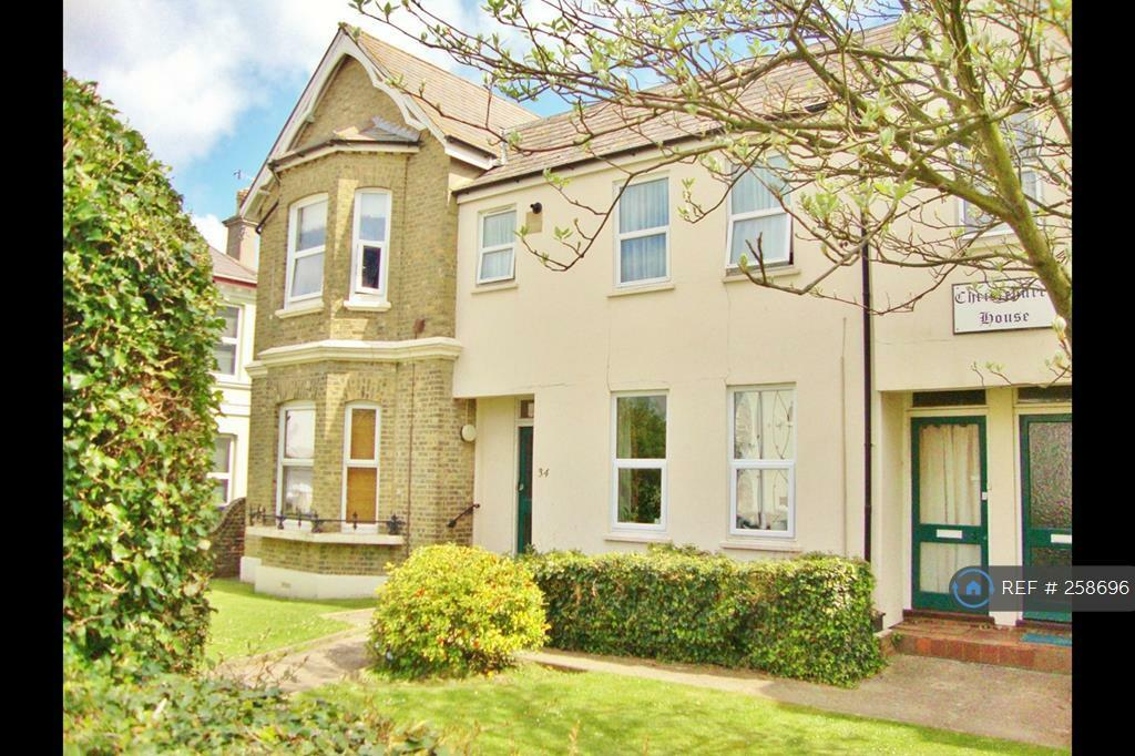 1 bedroom flat in Christchurch House, Worthing, BN11 (1 bed)