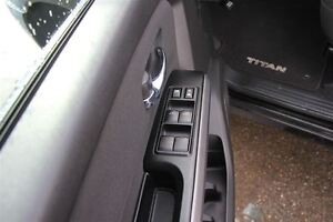 2015 Nissan Titan Cruise control/Spray in Bed-liner/Power Option Prince George British Columbia image 17