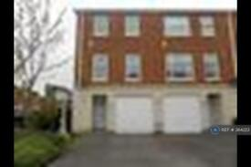3 bedroom house in Leigh, Leigh, WN7 (3 bed)