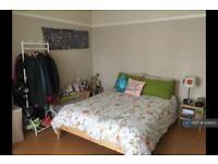 1 bedroom in Elmwood Avenue, London, Harrow, HA3