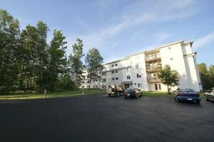 2 BDR/2 BATH WITH BALCONY!SOUTHWOOD PARK!1ST MTH FREE!!!!!!!!