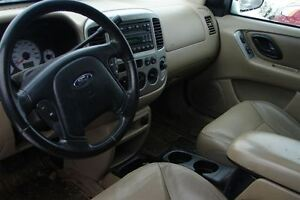 2004 Ford Escape XLT Duratec 4WD 6 cyl. Peterborough Peterborough Area image 7