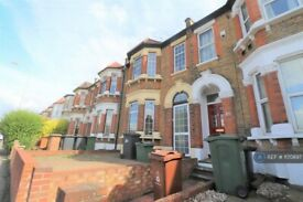 4 bedroom house in Grove Green Road, Leytonstone, E11 (4 bed) (#1170897)