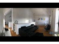 2 bedroom house in Field Street, Salford, M6 (2 bed)