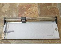 "Rotatrim M30 Professional 30"" Guillotine/Paper/Card Trimmer"