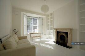 1 bedroom flat in Marlborough Road, London, N19 (1 bed) (#1158152)