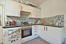 2 BED FLAT SECONDS TO WILLESDEN GREEN STATION - CALL RICCARDO NOW FOR VIEWINGS!! DO NOT MISS OUT!!