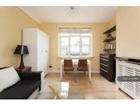 2 bedroom flat in Swan Mead, London, SE1 (2 bed)