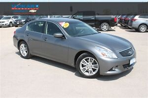 2012 Infiniti G37X Luxury * Heated Leather * Sunroof * Touchscre
