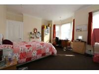 5 bedrooms in Shouting out to all Warwick University Students!