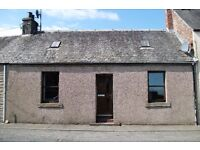 Charming two-bedroomed terraced cottage available to let in Coupar Angus.