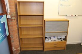 EXCELLENT CONDITION OAK STYLE OFFICE BOOKCASE SHELVING UNIT AND FILING CABINET