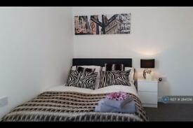 1 bedroom in Oldham Road, Rochdale, OL11